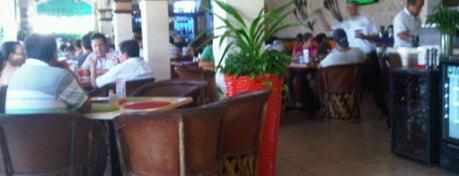 Los Alcatraces Restaurante is one of Puerto Vallarta best mexican popular food.