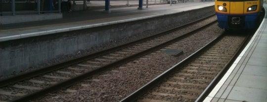 Highbury & Islington Railway Station (HHY) is one of Tube Challenge.