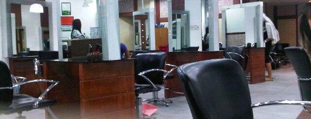 David's Salon Congressional is one of Pampering...love love love.