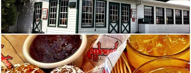 Apple Barn & Cider Mill is one of Restaurant To Do List.