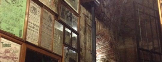 Casa Benito is one of 31 Bares imprescindibles para tapear en España.