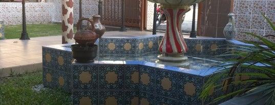 Al-Andalus Restaurant is one of SHISHA BERKUASA TINGGI.