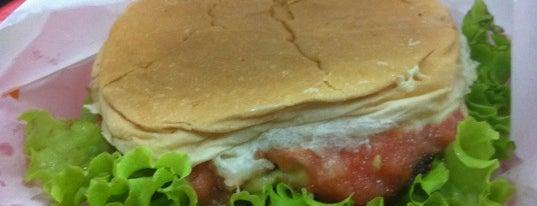 Hamburguer do Seu Oswaldo is one of 7 hambúrgueres imperdíveis em SP.