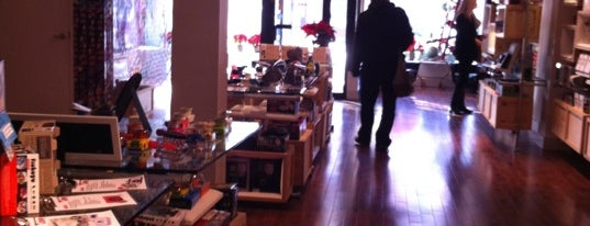 Lomography Gallery Store Toronto is one of Cosas por hacer en Toronto.