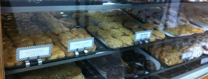 Long's Bakery is one of Must-visit Desserts in Indy.