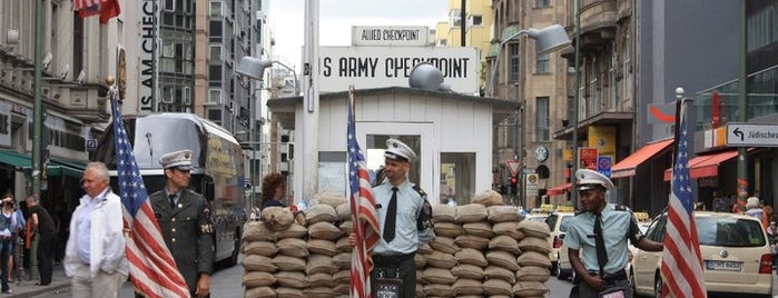 Checkpoint Charlie is one of Berlino.