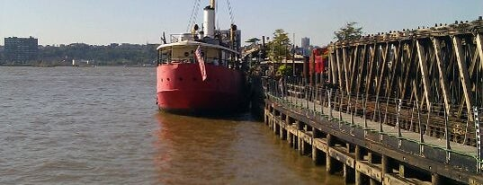 Lightship Frying Pan @ Pier 66 Maritime is one of Bars with Outdoor Space.