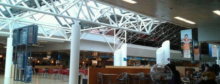 Keflavík Uluslararası Havalimanı (KEF) is one of Airports in Europe, Africa and Middle East.