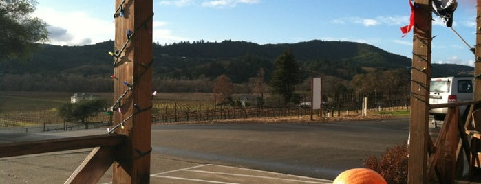 Family Wineries Dry Creek is one of Wine Road Picnicking- al Fresco Perfetto!.