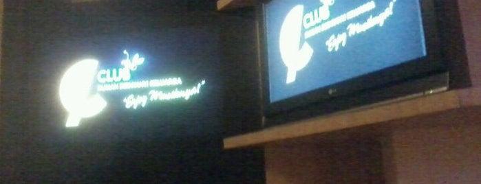e-Club is one of Karaoke Lounge in Makassar.