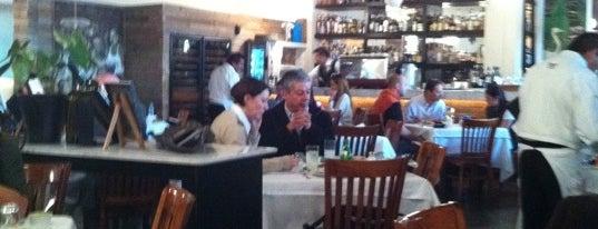 Puntarena is one of Los 57 Mejores Restaurantes del DF.