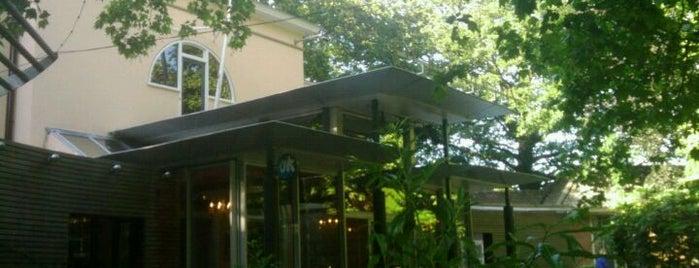 De Koperen Tuin is one of Must-visit Food in Leeuwarden.