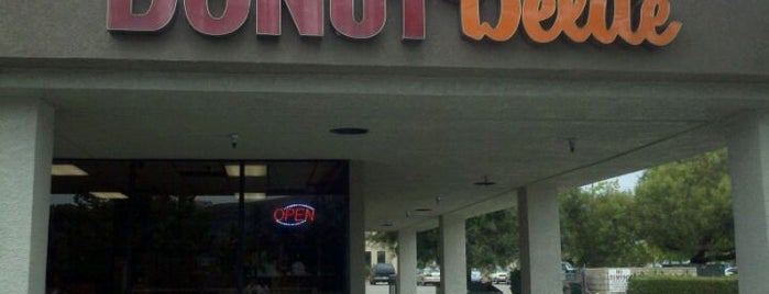 Donut Delite is one of Must-visit Food in Simi Valley.