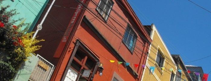 Valparaiso City Guide