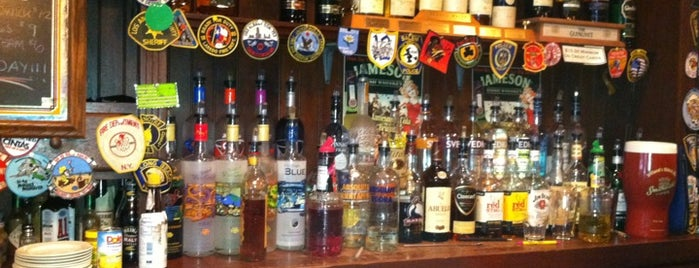 Castlebay Irish Pub is one of bars.
