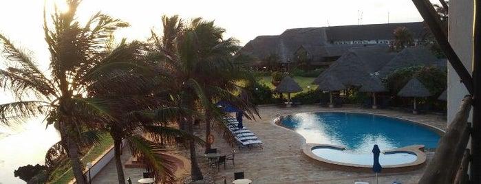 Sea Cliff Hotel Dar Es Salaam is one of Ian-Simeon's Guide To Dar es Salaam.