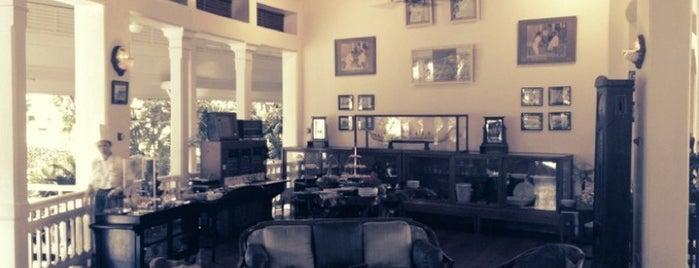 The Museum Coffee and Tea Corner is one of Eat n drink.