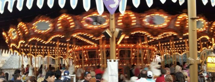 King Arthur Carousel is one of Rides I Done...Rode.