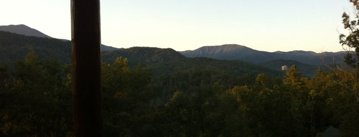 Home Theater Cabins in the Smokies