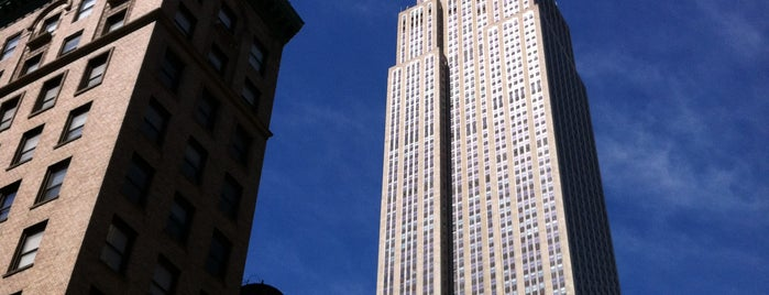 Empire State Building is one of New York for the 1st time !.