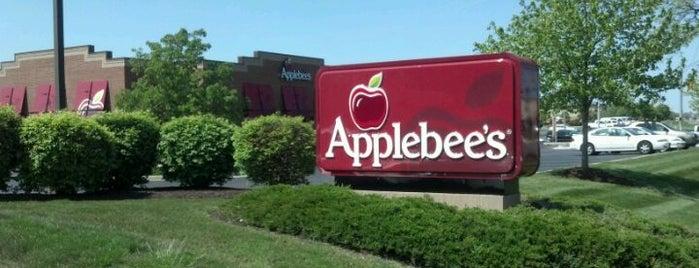 Applebee's Neighborhood Grill & Bar is one of Fort Wayne Food.
