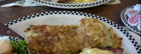 Davis Black Bear Diner is one of Yums.
