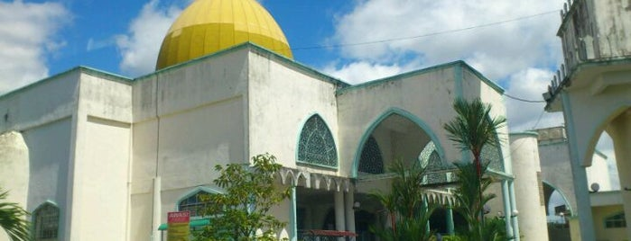 Masjid As-Solihin is one of masjid.