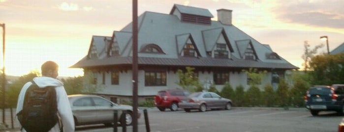 Lakeview Hall is one of Champlain College List.