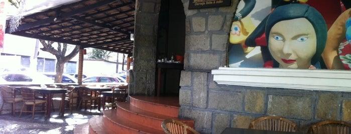 Nova Schina is one of Comer e Beber em Salvador.