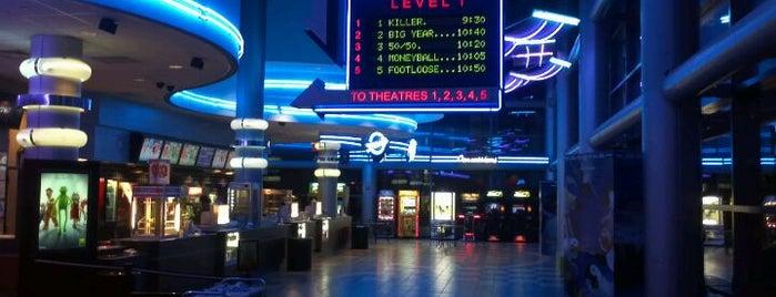 Regal Cinemas Battery Park 11 is one of Dan's New York.