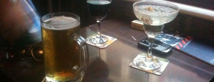 Bubble Pub is one of Bira böyle içilir.