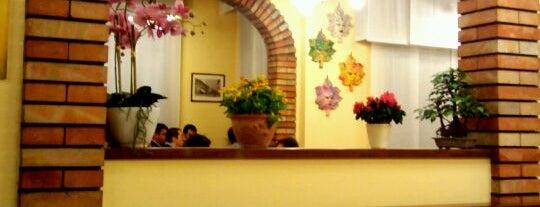 Pizzeria Napoletana Da Ciccio is one of I miei luoghi.