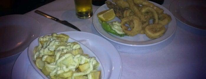 La Bodeguita del Colgadizo is one of Tenerife: restaurantes y guachinches..