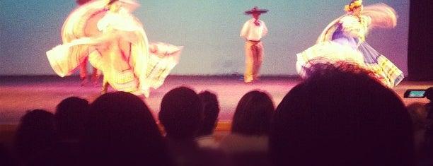 Foro de Arte y Cultura is one of Show Places @ GDL.