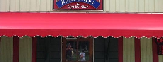 Tin Top Restaurant & Oyster Bar is one of Favorite Restaurants.