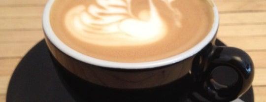 Salt Espresso Lunch & Tea Bar is one of Shoreditch Coffees.