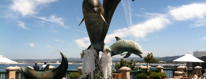 Dolphin Fountain is one of USA Trip 2013 - The West.