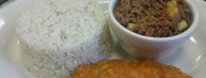 Marreros Restaurant is one of Must-visit Food in Bridgeport.