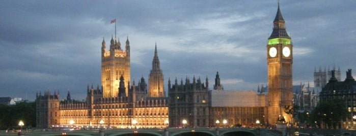 Houses of Parliament is one of M!.