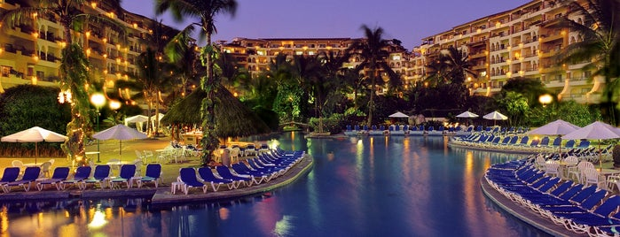 Velas Vallarta is one of Hoteles visitados.