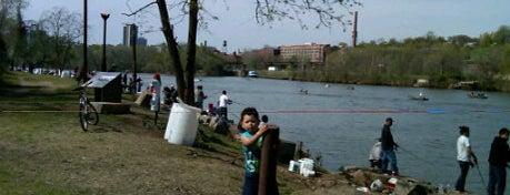 Ancarrow's Landing is one of RVA parks.
