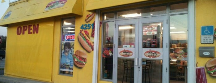 Lucky Hot Dogs is one of Peewee's Big Ass South Florida Food Adventure!.