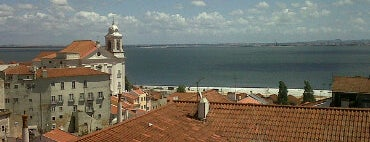 Largo Portas do Sol is one of Must-see @ Lisbon.