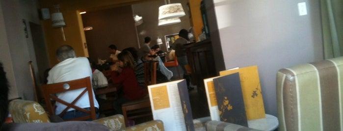 "Dolce Capriccio is one of Cafés ""Info Llama""."