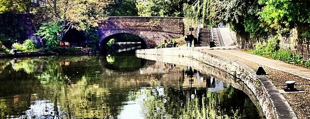 Regent's Canal is one of 1000 Things To Do In London (pt 2).