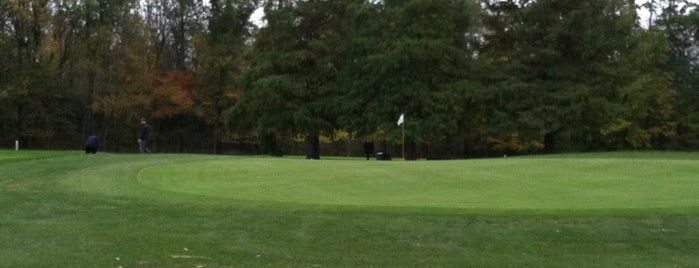 Ash Brook Golf Course is one of Golf Course & Driving range arround NYC.