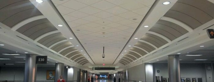 Flughafen Atlanta Hartsfield-Jackson (ATL) is one of World Airports.