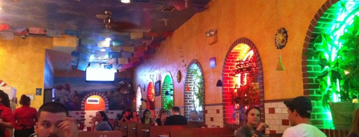 Arturo's Tacos is one of Chicago dinner spots.