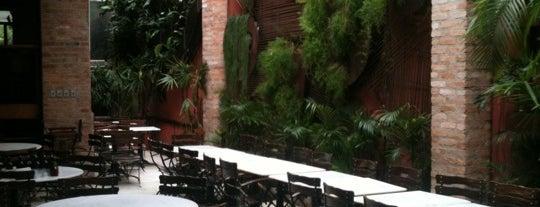 Veridiana Pizzaria is one of Top Restaurants in Sao Paulo.
