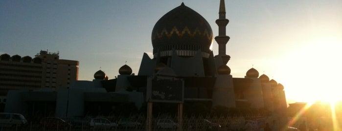 Masjid Negeri Sabah is one of Kota kinabalu.